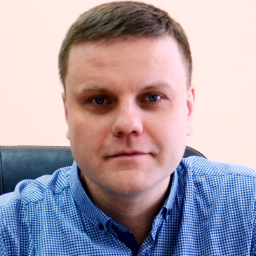 https://crm.cca.org.ua/wp-content/uploads/2019/08/yurchenko.jpg