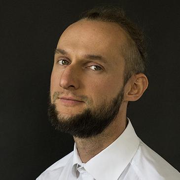 https://crm.cca.org.ua/wp-content/uploads/2021/03/oleshko.jpg